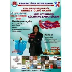 02.05.15 cumartesi günü Annecy Ahmet Şafak konserinde kitap, CD ve hediyelik sergisi